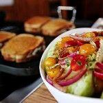 The Pioneer Woman: Patty Melts, Crash Hot Potatoes, Salad and Bananas Foster