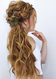 20 Best Undone Half Up Braid Styles for Long Hair in Looking for best ideas to style your long hair beautifully? Just visit here and find our best styles of undone half up braids for long hair to show off in Unique Braided Hairstyles, Cool Braid Hairstyles, Flower Girl Hairstyles, Loose Hairstyles, African Hairstyles, Layered Hairstyles, Hairstyles Haircuts, Hairstyle Ideas, Undone Look