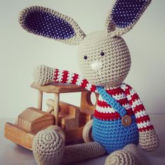 """""""Mi piace"""": 295, commenti: 7 - lilleliis (@lilleliis_official) su Instagram: """"Long-ear rabbit is sending you warm greetings and recalls that the book, where he is also included,…"""""""