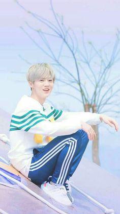 Chanyeol, Kyungsoo, Exo Ot12, Chanbaek, Extended Play, Mike D Angelo, Eunji Apink, Exo Facts, Blonde Asian