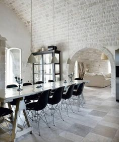 37 Impressive Whitewashed Brick Walls - Love the curved entrance with brick and the high ceiling!