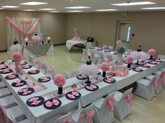 baby shower decorations 350928995964525471 - Davida T's Baby Shower / Denim, Diamonds and Tutu's – Photo Gallery at Catch My Party Source by amizele Minnie Mouse Baby Shower, Baby Shower Princess, Cute Baby Shower Ideas, Baby Shower Themes, Shower Party, Baby Shower Parties, Baby Boy Shower, Baby Shower Gifts, Baby Shower Table Set Up
