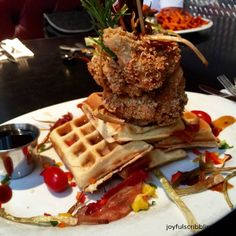 Done - 2016 Vegas - Eat chicken and waffles in USA Chicago Things To Do, Places In Chicago, Chicago Restaurants, Chicago Trip, Chicago Travel, Chicago Chicken, Chicken And Waffles, Best Breakfast Recipes, Recipes From Heaven