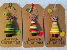 TEACHER ornaments/ ID badge clips TEACHER ornaments/ ID badge clips,Weihnachten Makes a great teacher Christmas gift! A button tree on a crafting tag Related Abdominal Workout Challenge To Lose Belly Fat Fast -. Christmas Button Crafts, Clay Christmas Decorations, Christmas Buttons, Teacher Christmas Gifts, Diy Christmas Cards, Christmas Crafts For Kids, Christmas Countdown, Diy Christmas Ornaments, Christmas Projects