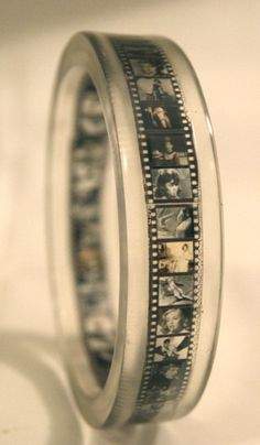 Vintage Bangle. Omg... I would love this with my own family pictures ❤️