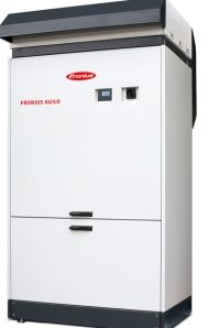 Fronius is set to bring a solution for short-term energy storage, a compact central inverter and a product range for the residential sector. Energy Storage, Solar Power, Filing Cabinet, Electric, Angel, Sun, News, Solar Energy, Angels
