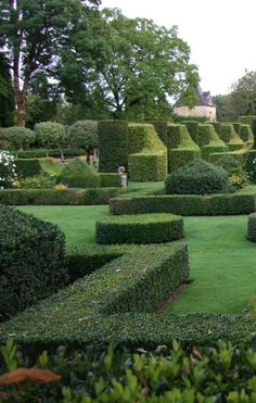 Eyrignac gardens, france in the garden Modern Landscape Design, Modern Landscaping, Outdoor Landscaping, Landscape Architecture, Formal Gardens, Outdoor Gardens, Parks, Grandmas Garden, Gardens Of The World
