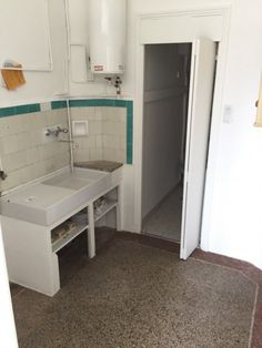 Long term rent, studio 18m² in Nice for rent - France - List of monthly rental properties in Nice for more info contact real estate agent.