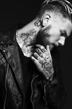 #handsomesauce #beards. Tats, beard, handsomeness. Nailed it.