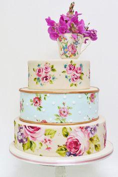 Summer #wedding cakes: http://www.weddingandweddingflowers.co.uk/article/1105/wedding-cake-ideas-the-summer-wedding
