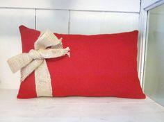 Christmas pillow, merry christmas pillow, shabby chic, farmhouse decor, burlap pillow,  holiday pillow, decorative pillow