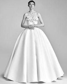 Viktor&Rolf Spring 2018 Wedding Dress Collection