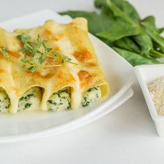 Cannelloni aux courgettes, chèvre frais et basilic - Who says you can't have canneloni without tomatoes?