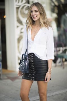 Gorgeous Chiara Ferragni wearing our black leather skirt #Chiara #ChiaraFerragni #Blogger #Blog #Fashion #Style #Trends #Leather #LeatherSkirt #Skirt