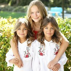 THE MOST BEAUTIFUL TWINS IN THE WORLD - NOT ONLY THAT THEY HAVE THE LOOKS, BUT THEY ALSO HAVE A MAJOR CREDIT SCORE! - Page 5 of 31 - Miss Penny Stocks Twin Models, Young Models, Child Models, Fashion Kids, Girl Fashion, Basic Outfits, Cute Outfits For Kids, Cute Twins, Cute Girls