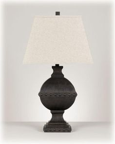 L313334T by Ashley Furniture in Winnipeg, MB - Poly Table Lamp