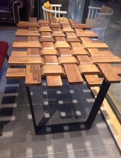 A one-stop shop for carpentry projects - Woodworking Tips and Tricks Woodworking Projects Diy, Woodworking Furniture, Diy Wood Projects, Woodworking Plans, Woodworking Equipment, Woodworking Machinery, Sketchup Woodworking, Wooden Pallet Crafts, Woodworking Ideas Table