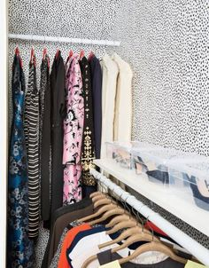 31 Days to an Organized Closet | It's time to tackle your messy, cluttered closet. Here, we show you how to do it one day at a time.