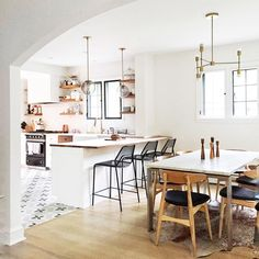 Furnish Your Home In Style With These Furniture Secrets. Buying furniture for your home can be loads of fun or a nightmare. Home Kitchens, Kitchen Remodel, Kitchen Design, Kitchen Dining Room, Interior, Kitchen Room, Kitchen Interior, Home Decor, House Interior
