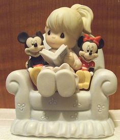 Precious Moments Disney Mickey Minnie Friends Share The Story of Our Hearts | eBay