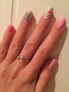 Pink nails with chrome and stripes, by me :)