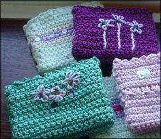 crochet purses. how cute.