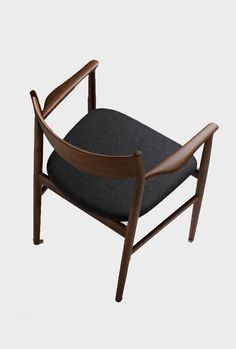 Kamuy armchair, Conde House