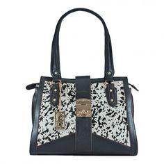 Amamos a combinação Preto e Branco - Amamos esta bolsa Bolsa Fellipe Krein estampa de Zebra. #Lançamento  R$ 449,90 - Parcele em até 10x no cartão