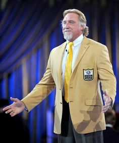 Kevin Greene! Former Packer linebacker coach, 2016 Hall Of Famer!