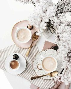 Simple and Creative Tips Can Change Your Life: But First Coffee Gold coffee time poster. Breakfast Photography, Flat Lay Photography, Coffee Photography, Photography Magazine, Editorial Photography, Food Photography Props, Photoshop Photography, Nature Photography, Coffee Cafe