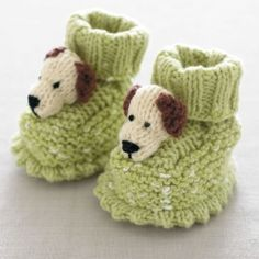 The cutest ever baby booties. Check out the free pattern.
