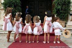 Cute..... Dream Wedding, Wedding Day, Boho Wedding, Wedding With Kids, Girls Party Dress, Kids Events, Bridesmaid Dresses, Wedding Dresses, Kind Mode