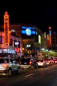 Downtown Minneapolis Nightlife | Minneapolis, Minnesota