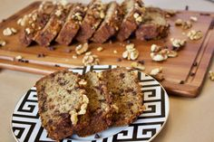 Gluten free vegan banana bread! Moist, fluffy and delicious!!