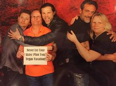 I usually don't pin these but this is one of the best photo-ops I've seen!! Just brilliant! :D #J2 + JDM photo op #VegasCon