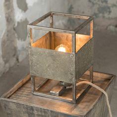 Industriele tafellamp metaal vierkant www.blockdesign.nl