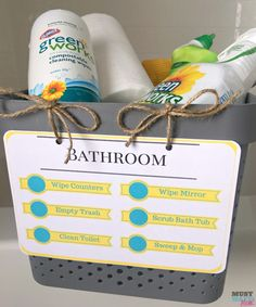 DIY Kids cleaning kits with free printable kids cleaning checklist and natural cleaning products list. Put together these kids chore kits so they can effectively and safely clean each room! Cleaning Caddy, Cleaning Hacks, Cleaning Supplies, Cleaning Solutions, Natural Cleaning Recipes, Natural Cleaning Products, House Cleaning Checklist, Cleaning Schedules, Weekly Cleaning