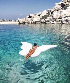 Angel wings fly in the sky and float on the water Summer Vibes, Summer Feeling, Summer Things, Pool Fotografie, The Ocean, Pool Floats, Summer Aesthetic, Jolie Photo, The Beach