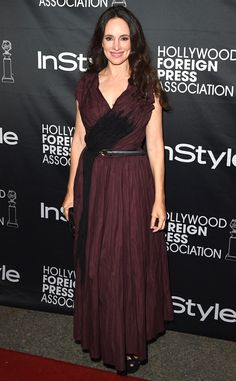 NEWS/ Revenge's Madeleine Stowe Gets Personal: My Father Had Multiple Sclerosis