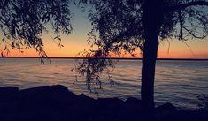 """Nahren Warda on Instagram: """"اؤمن دائماً بأن ضحكات الأصدقاء شفاء 🍃 . . . . #traveltheworld  #turkey #istanbul_hdr #turkeytravel #istanbullovers #travelforlife…"""" Celestial, Sunset, Photography, Outdoor, Outdoors, Photograph, Fotografie, Photoshoot, Sunsets"""