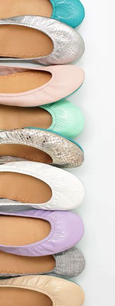 perfect packable and comfortable travel shoes -Tieks Ballet Flats. #tieks