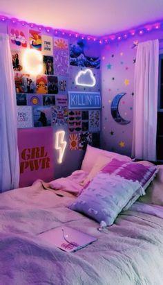 Cute Room Ideas, Cute Room Decor, Diy Room Ideas, Dorm Ideas, Indie Room Decor, Diy Decorations For Room, Indie Dorm Room, Neon Room Decor, Flower Room Decor