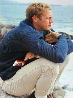 The Steve McQueen Blue Shawl Collar Cardigan - Iconic Alternatives Steeve Mcqueen, Steve Mcqueen Style, Look Man, Gentleman Style, Men Looks, Bob Marley, Stylish Men, Classic Hollywood, Movie Stars