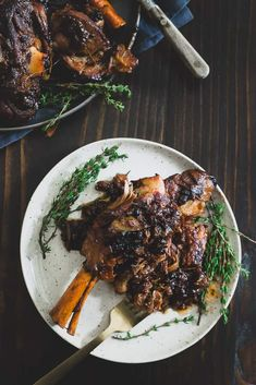 Tender, juicy and sweet these apple cider braised lamb shanks are the perfect way to embrace fall's flavors. Dinner Party Main Course, Dinner Party Menu, Dinner Dessert, Wine Dinner, Xmas Dinner, Dinner Parties, Dinner Party Recipes, Party Appetizers, Christmas Recipes Dinner Main Courses
