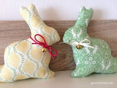 Tipps | 10 tolle Nähideen für Ostern - greenfietsen.de Sewing Kids Clothes, Sewing For Kids, Diy For Kids, Sewing Machine Projects, Sewing Projects For Beginners, Christmas Stockings, Christmas Ornaments, Child Doll, Sewing Patterns Free