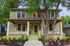 115 year old home minutes from Austin, TX