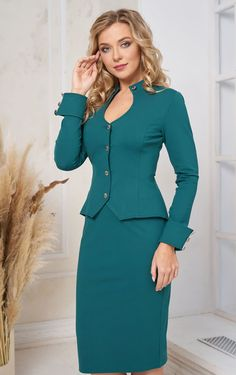 Suits For Women, Jackets For Women, Clothes For Women, Business Outfits Women, Women's Business Suits, Beautiful Prom Dresses, Beautiful Outfits, Warm Outfits, Casual Outfits