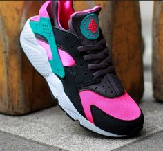 the best attitude 57c17 5d4ac Billig Nike Air Huarache Hyper Rosa Pink Sneakers, Sneakers Nike, Nike  Dunks, Discount