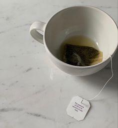 White Aesthetic, Aesthetic Food, Aesthetic Photo, Aesthetic Pictures, Celine, Fresh Coffee, Cozy Coffee, Tea Art, V60 Coffee