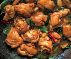 A generous amount of garlic, ginger and Thai basil guarantees you some super-flavorful chicken.